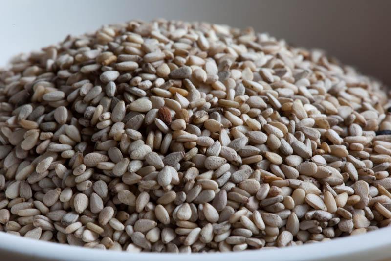 Sesame seeds ໝາກງ່າ mak ngaa