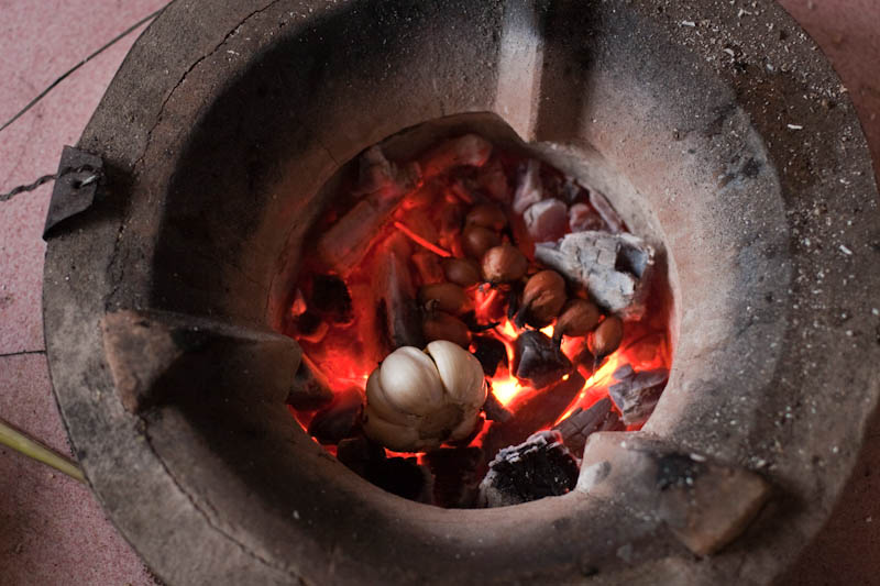 Roasting ingredients in embers